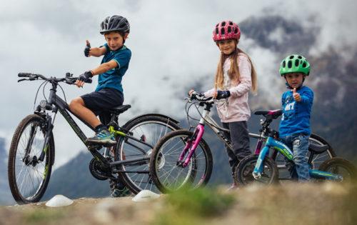 In bicicletta con i bambini: le cose da sapere
