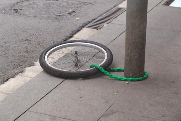 Biciclette sempre più nel mirino dei ladri: resta il veicolo numero uno per furti
